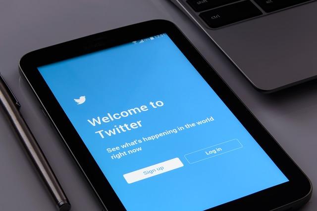 twitter profil firmowy